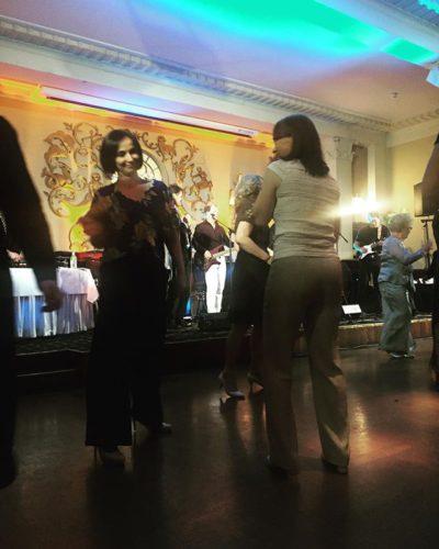 Dancing queens - kiitos makeiden naurujen illasta!